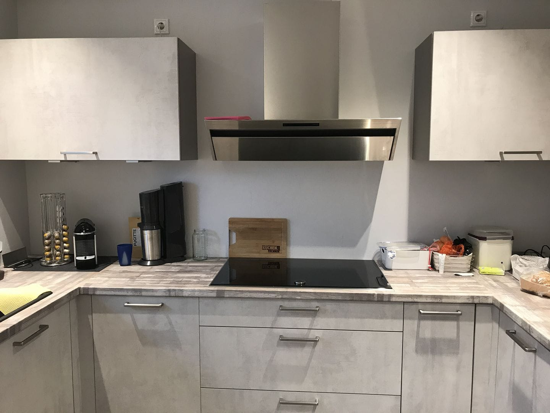 Küche vor dem neuen Spiegel